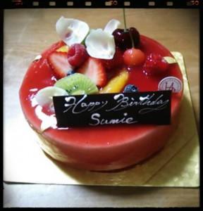 人を幸せにしたいという原動力の入ったAkina先生のレッスンと、ケーキ