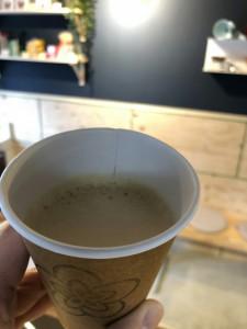 コンビニのバターコーヒーを飲んでみた☕KUMAROMA のバターコーヒー🐻価格は手頃に入れたて無添加🐮